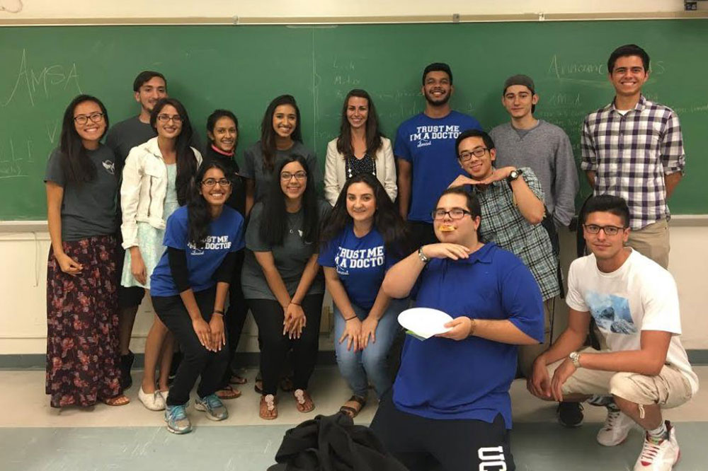 Dr. Marinelli Visits UCR Pre-SOMA and AMSA