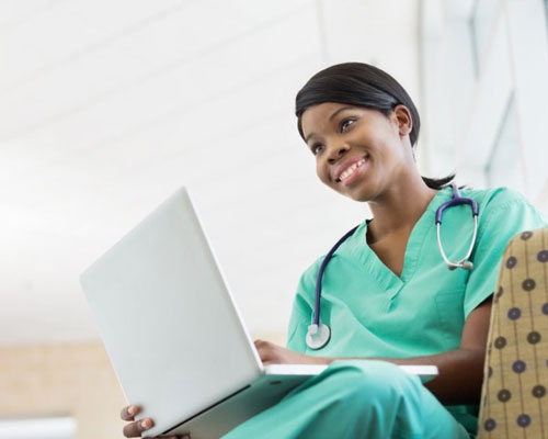 What to Consider Before Applying to Medical School